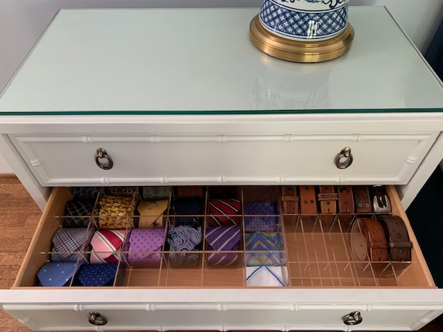 2 cubby grids in a single drawer